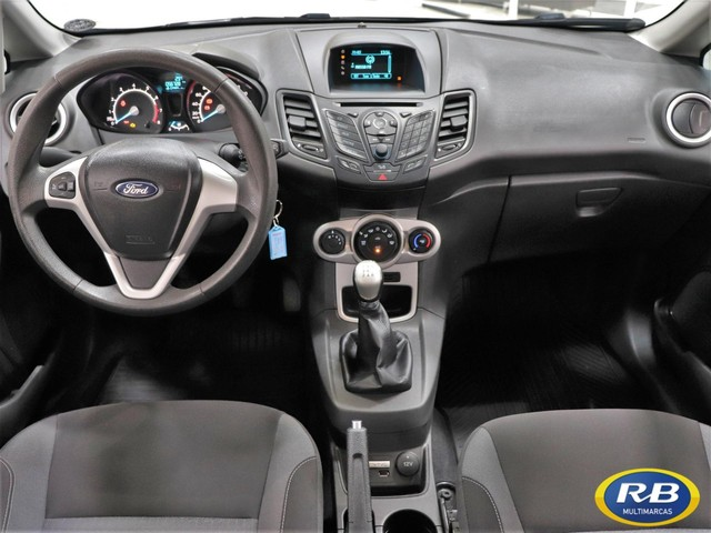Ford New Fiesta Hatch SE 1.6 - Foto 7
