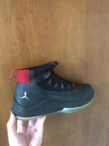 Tênis Jordan oficial zoom seminovo - Foto 4