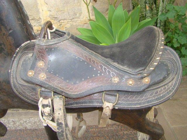 Cavalo de carrossel antigo - Foto 2