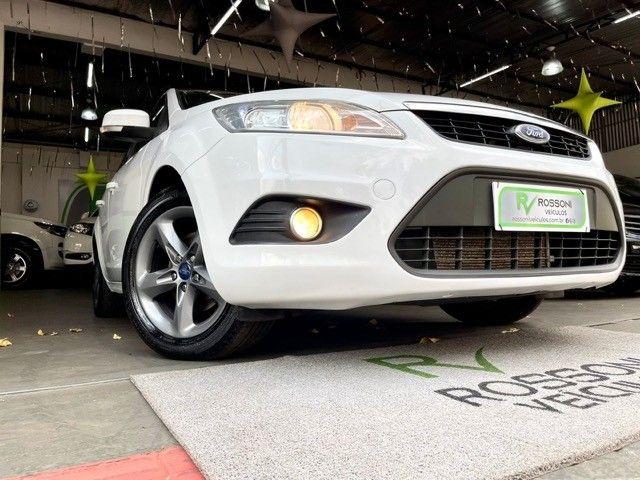 Ford Focus 1.6 flex Completo  - Foto 6