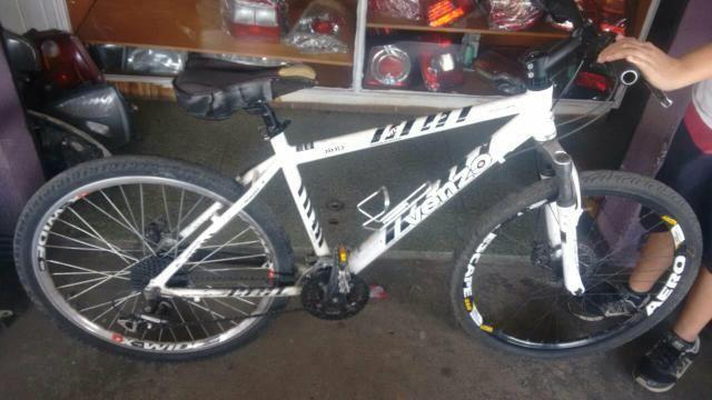 Vendo Bike VENZO 26 nova extra.