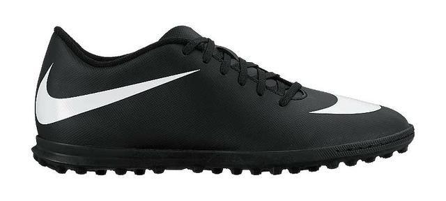 e213cbb2e88af Chuteira society Nike Bravata cor preta e branca tamanhos 37