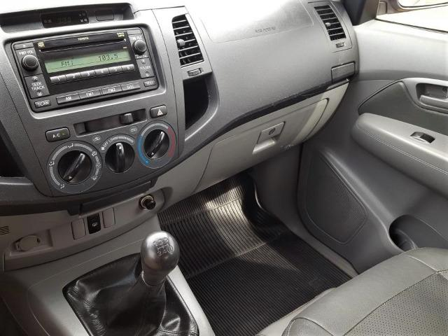 Toyota Hilux SR 2.7 VVt-i - Foto 11