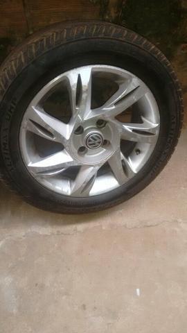 Vendo 4 pneu aro 15
