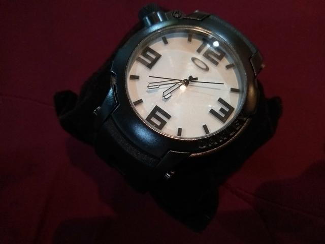 Relógio Oakley Gearbox - Bijouterias 7a3165110e8