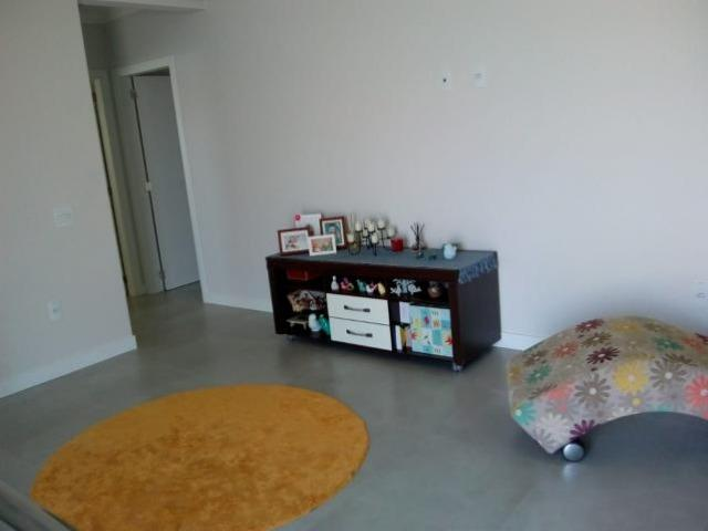 Sobrado localizado no Centro da cidade de Balneário Piçarras/SC, a 300M da Avenida - Foto 11