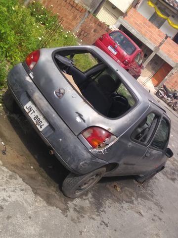 Fiesta pra vender logo pra retirada de peças 800 - Foto 2