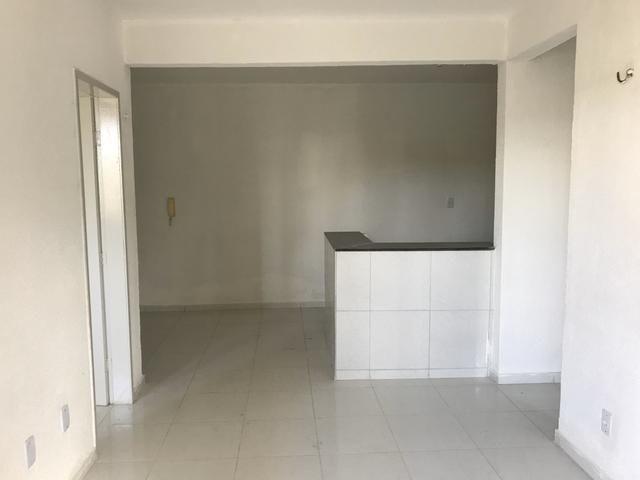 Apartamento de 2 quartos, 1 vaga, no bairro Itaoca, - Foto 2