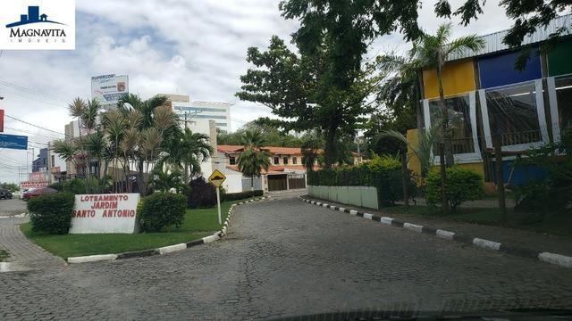 Terreno 900m². Nascente. Plano. Condomínio Jardim Santo Antônio. Estrada do Coco