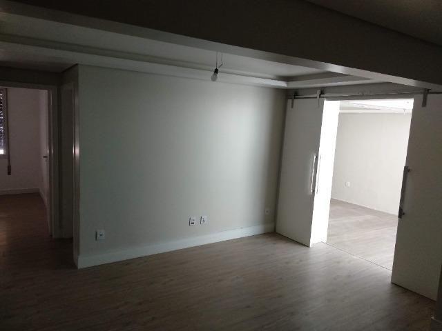 Amplo apartamento térreo - São Sebastião - POA