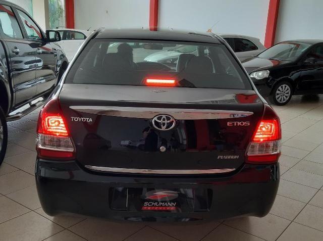 Toyota etios - Foto 3