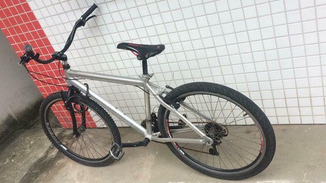 Bicicleta de Alumínio !!!!