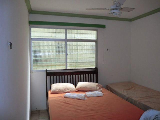 Casa com 5 quartos sendo 2 suíte, lado do mar e próximo a avenida em Pau Amarelo - Foto 8