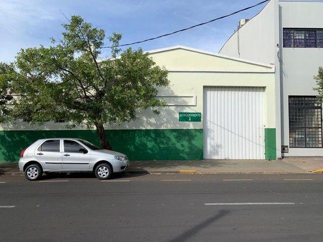 Barracão para alugar, 250 m² por R$ 3.000/mês - Vila Mendonça - Araçatuba/SP - Foto 12