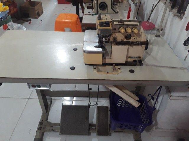 Maquina  ovelock  - Foto 2