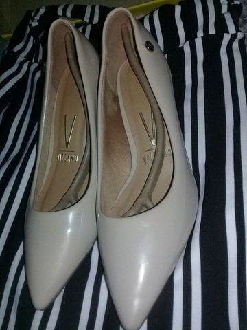Sapatos semi novos, tamanho 36 37 E 37 38  - Foto 6