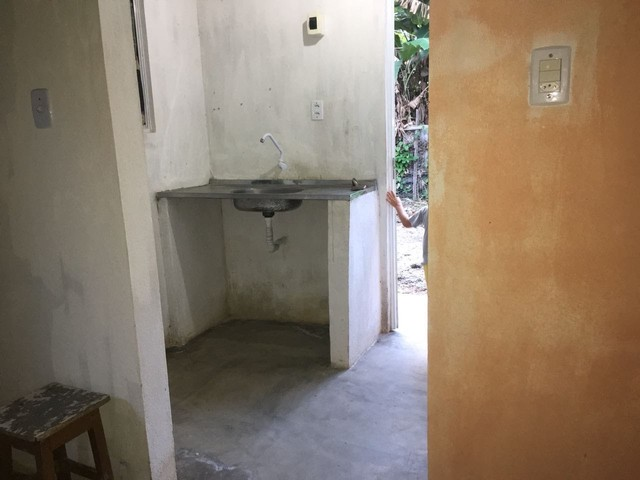 Vende-se casa com terreno para construir - Foto 3
