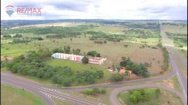 Área à venda, 2500 m² por R$ 4.500.000 - Distrito Industrial - Mirandópolis/SP