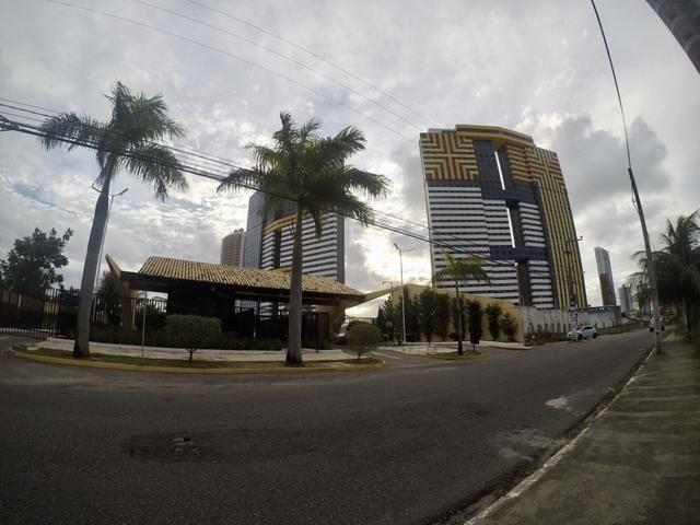 Apartamento andar alto no Corais de Ponta Negra, 3 quartos + dep - Ponta Negra - Natal - R