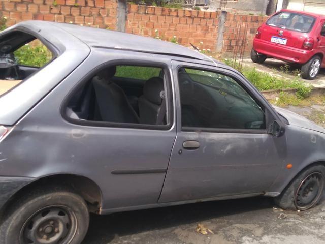 Fiesta pra vender logo pra retirada de peças 800 - Foto 3