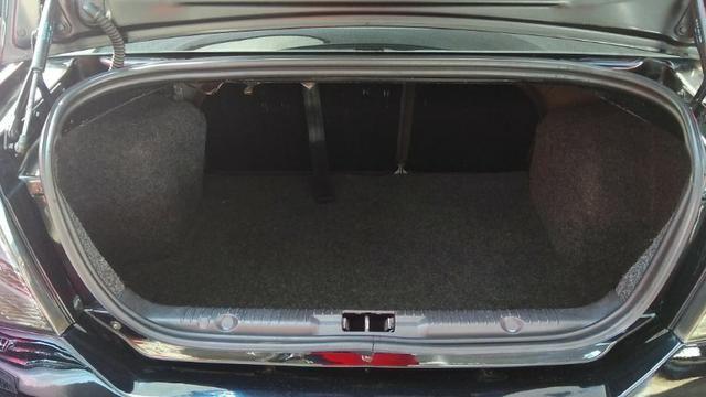 Ford Fiesta Sedan 1.6 (Flex) 2008 - Foto 14