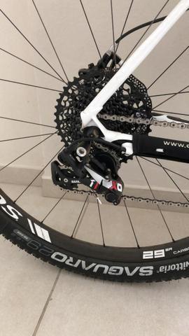 Bicicleta Cannondale aro 29 - Foto 2