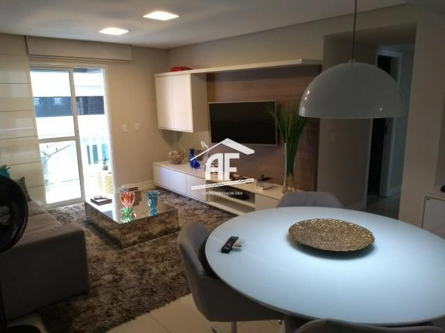 Apartamento com 3 quartos sendo 1 suíte em ótima localização na Jatiúca