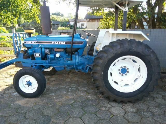 Vendo trator Ford 4610 ano 1987