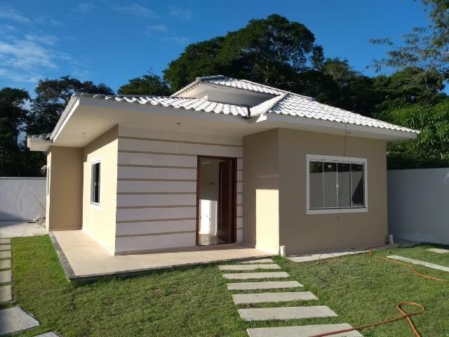 Belíssima Casa em Rio das Ostras - RJ - R$ 260.000,00