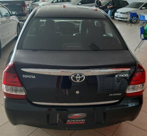 Toyota etios - Foto 9