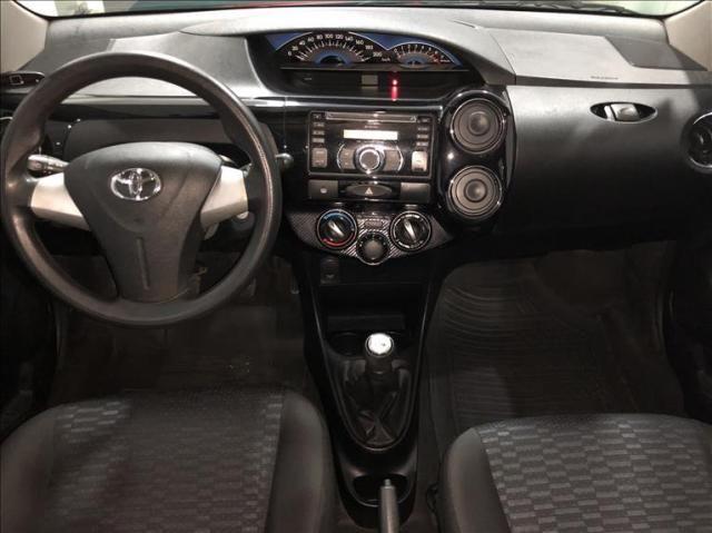Toyota Etios 1.5 xs 16v - Foto 6