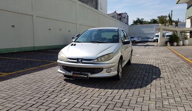 Peugeot 206 Feline - 3mil + 350 Mês