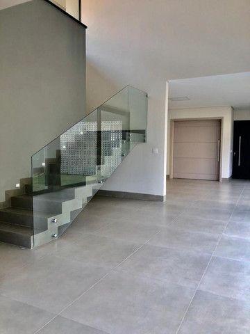 """Vendo Casa contendo 4 suítes - Condomínio Ecoville """"Construção Nova"""" - Foto 7"""