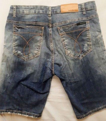 Bermuda Calvin Klein Jeans Original  - Foto 2