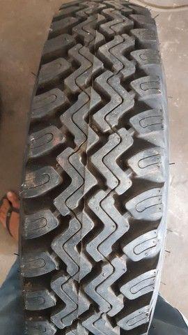 Rroda com pneu