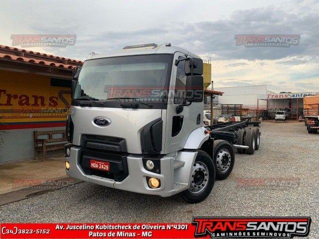 Cargo 24-29 bitruck ano 2013
