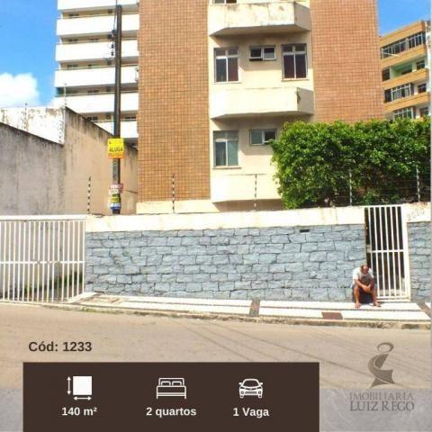 AP1233 - Aluga apartamento no Papicu com 2 quartos sendo uma suíte