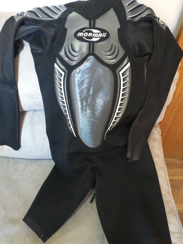 Roupa Mormaii feminina para Surf, pouco usada