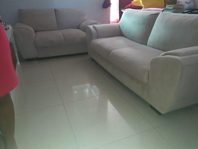 Jogo de sofá suede 2 e 3 lugares - Foto 5
