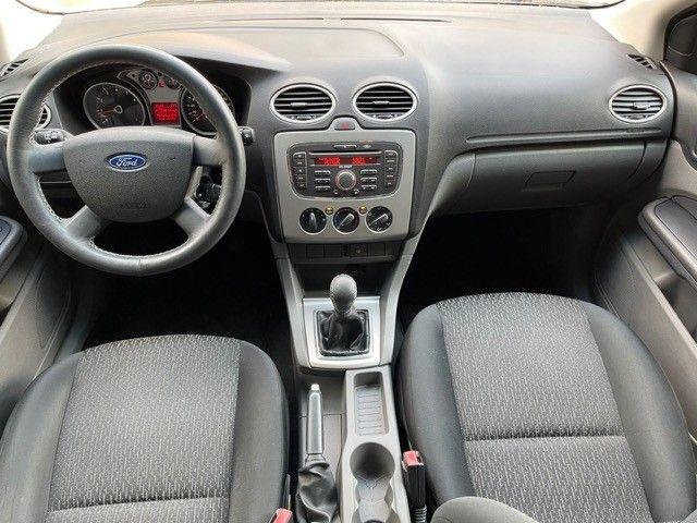 Ford Focus 1.6 flex Completo  - Foto 10