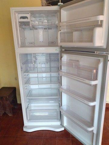 Vendo geladeira leia o anúncio  - Foto 2