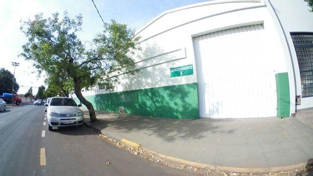 Barracão para alugar, 250 m² por R$ 3.000/mês - Vila Mendonça - Araçatuba/SP - Foto 10