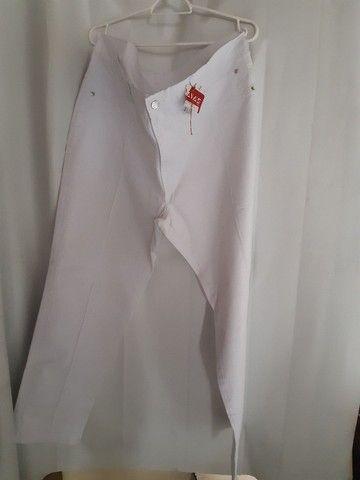 Calça branca com lycra feminina tam 54/56
