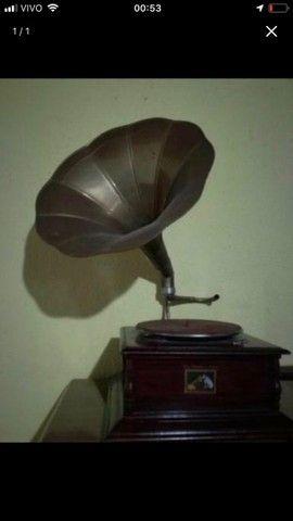 Vendo Gramofone (Antiguidades)