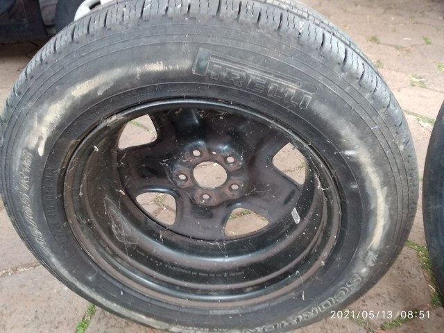 Vende se 2 pneus sem Aro e 1 com aro usados - Foto 7