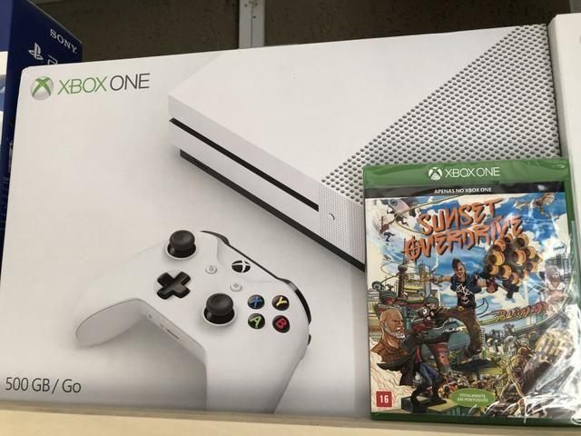 Xbox one s 4k com e sem jogo, ps4 slim 3 jogos, novos e lacrado. Torro