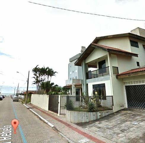 Excelente sobrado triplex na Praia Brava - Itajaí 3 suítes - Foto 2