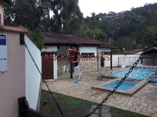 Linda casa duplex em bairro nobre de Teresópolis - Foto 17