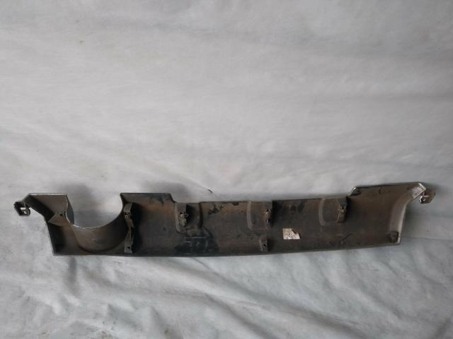 Moldura central inferior para-choque traseiro Renault Sandero Stepway original - Foto 2