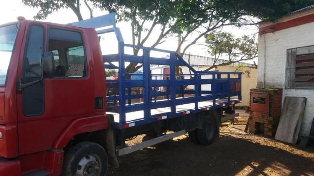 Carroceria para gas GLP 5,5 mts